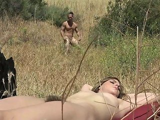 Yummy Babe With Furry Pussy Kendra Lynn Is Sunbathing In The Mountains