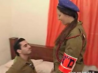 Busty Israely Plumper Gets Nailed By Her Army Mate's Boner Sunporno Uncensored